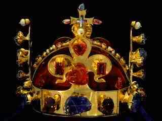 Korunovační Svatováclavská koruna 859f4230e76